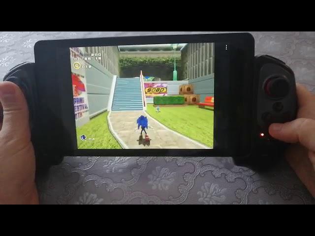 Vidéo de Sonic Adventure (Sega Dreamcast) sur la nouvelle console Retro Portable de 2 Players Shop