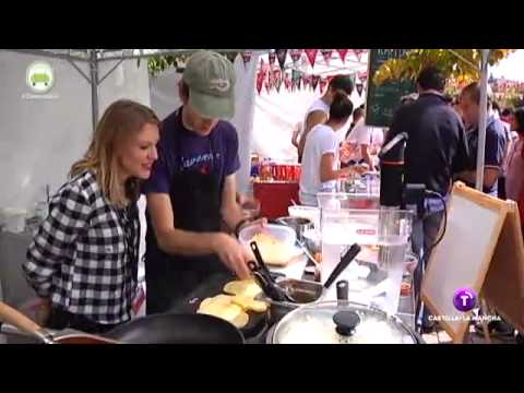 """Las chicas del Mercadillo. """"Street food market"""".  Madrid. 30.04.15"""