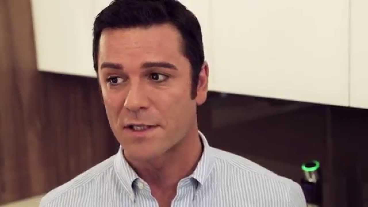 yannick bisson house