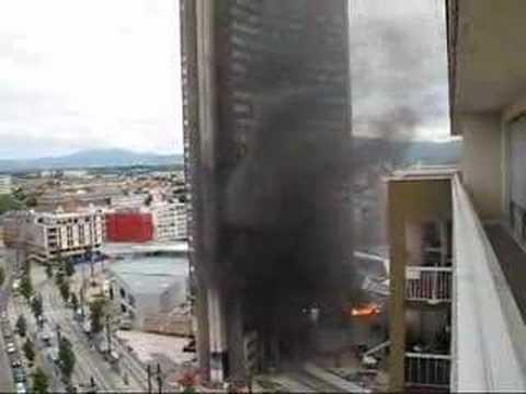 Incendie mulhouse porte jeune vid o 2 youtube for Porte jeune mulhouse