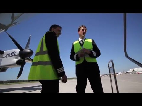 AirBaltic Bombardier Dash-8 Q400 External Check By Our Pilots (part 6 Of 6 - Left Wing & Nacelle))