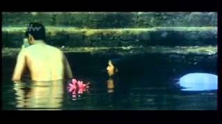 Download Video Sexy Indian  GIRL AND BOY BATHING.-Telugu movie MP3 3GP MP4