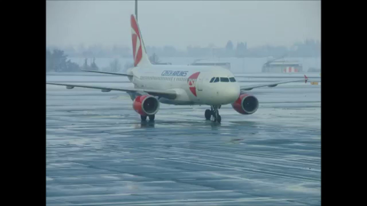 Photo compilation of traffic on Vaclav Havel airport Prague in winter [HD]