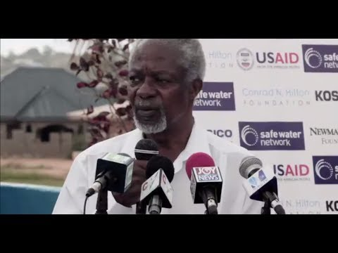 Kofi Annan and Nane Annan Visit Safe Water Network Ghana Site - August 2013