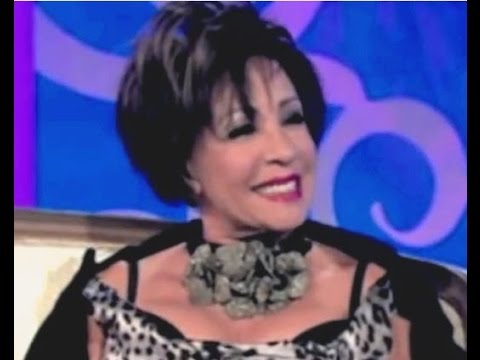 Shirley Bassey - Interview w/ Paul O'Grady (2009 Live - Paul