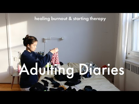 a day off: healing burnout, starting therapy, baking bread, exercising + a book haul | vlog