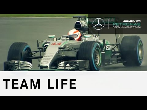 ULTIMATE TEST DRIVE: Martin Brundle drives the F1 W06 Hybrid!