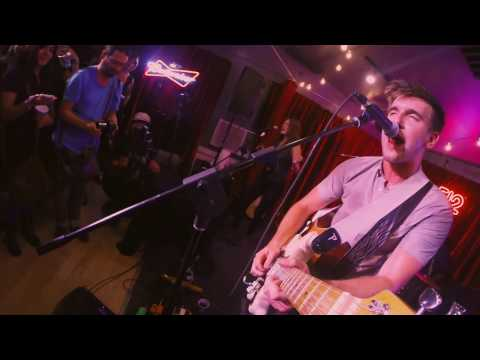 """Max Frost - """"White Lies""""   A Do512 Lounge Session"""