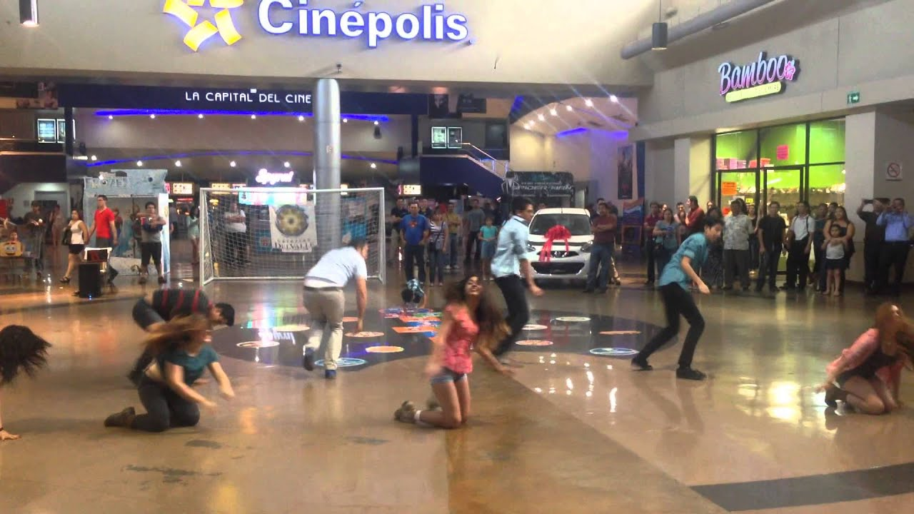 Flashmob Mexicali 2014 Propuesta de matrimonio en plaza