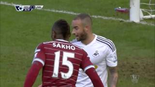 Video Gol Pertandingan West Ham United vs Swansea City