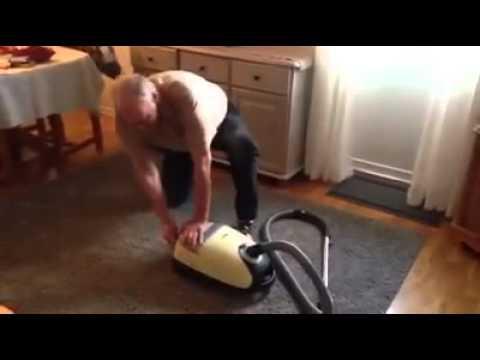Elektrik süpürgesini yanlış anlayan amca :)
