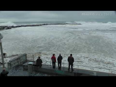 Oleaje Impresionante en Donostia-San Sebastian