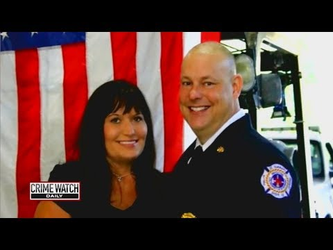 Pt. 2: Fire Chief's Wife Found Dead After House Fire - Crime Watch Daily with Chris Hansen