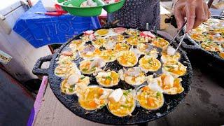 Asian Street Food - SEAFOOD PANCAKES!   Night Market Food Tour in Satun, Thailand!