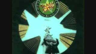 Joe Strummer And The Latino Rockabilly War- Trash City (Live)