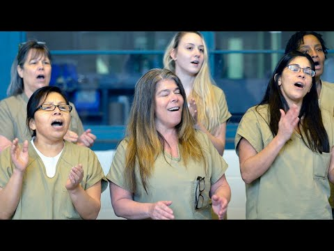 Tarrant County inmates sing holiday songs