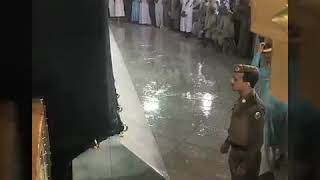 Mashallah Masjid e Haram ma Allah Ki Rehmat Bars Rhi ha new Whatsapp islamic video