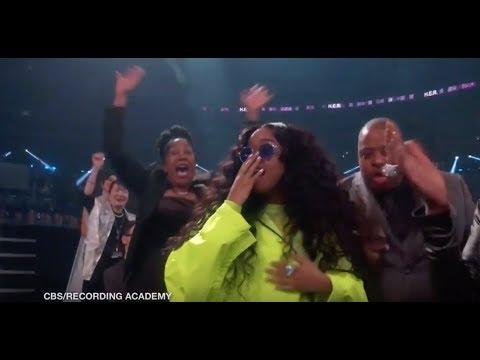 H.E.R. wins two Grammy Awards, including Best R&B Album
