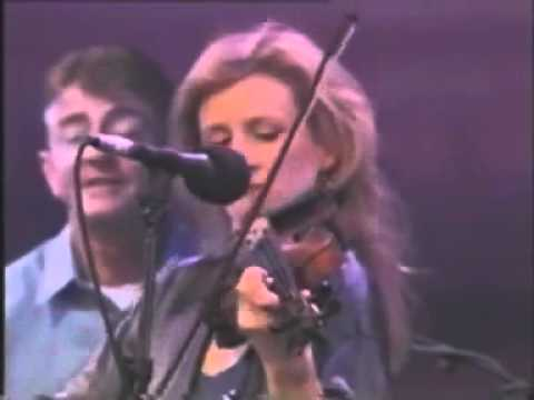 The Corrs and the Chieftains live irish song