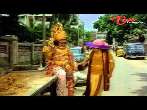 Allu Ramalingayya Comedy Dialogues At Hotel