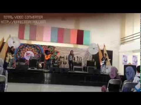 AURORA BAND  cover soundtrack realita cinta rock n roll