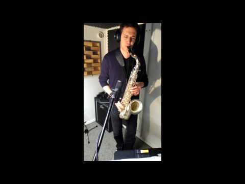 Very fast sax solo! 360 bpm.