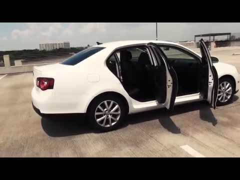 2010 Volkswagen Jetta Review and Road Test