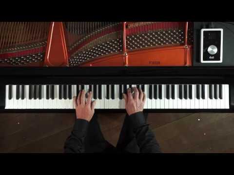 Chopin Minute Waltz Op64 No1 version 1 P Barton, FEURICH piano