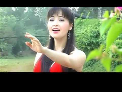 Lắng nghe mùa xuân về - ca sỹ Trang Nhung