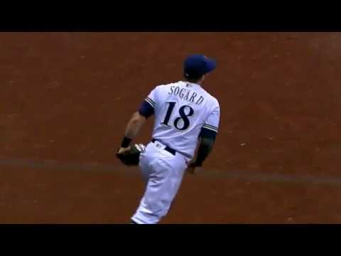 Eric Sogard races over to make a great diving catch