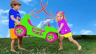 Bogdan si Anabella vor aceeasi masina si jucarii   Sketch Bogdan Show