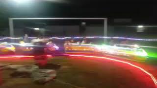 Bé chơi hội chợ xã quỳnh tam quỳnh lưu nghệ an