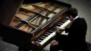 Liszt, Hungarian Rhapsody No 9 in E flat Majorby Svyatoslav Antipov