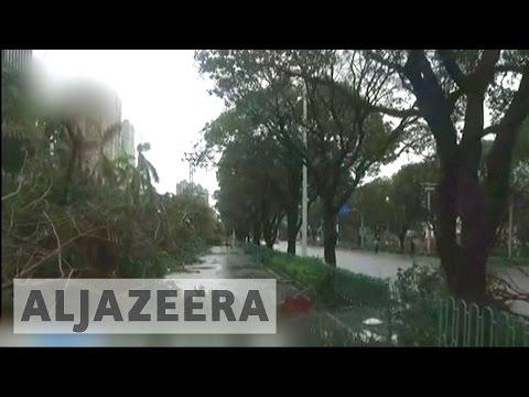 Typhoon Meranti hits China after battering Taiwan