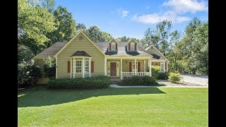 Lake Hartwell Home with Detached 3 Car Garage & Covered Dock