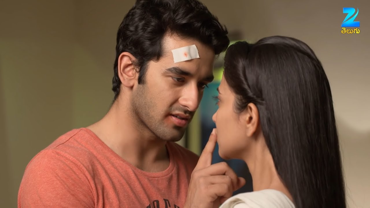 Download Ganga & Sagar Romantic Scene - Gangaa - Aditi Sharma, Shakti Anand - Best Scene - Ep 289 - ZeeTelugu