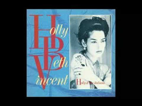 Revenge - Holly and the Italians