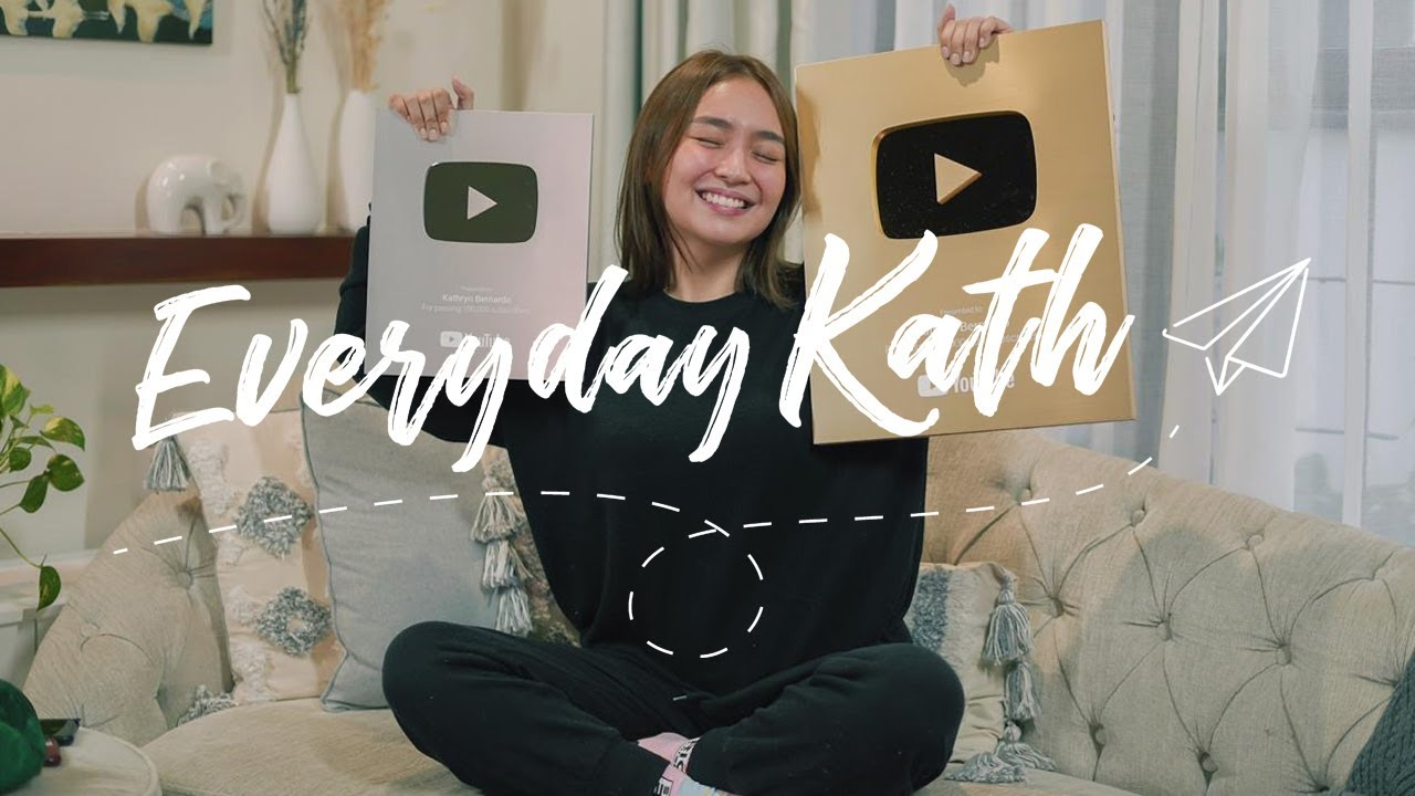 Unboxing YouTube Playbuttons and Prank-Calling Subscribers | Everyday Kath