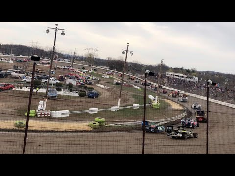 358 Modified at Grandview Speedway April 13, 2019