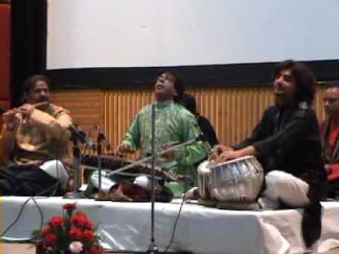 Avirbhav Verma tabla player in Manali with Mr. Ghosh playing Saraswani DAT