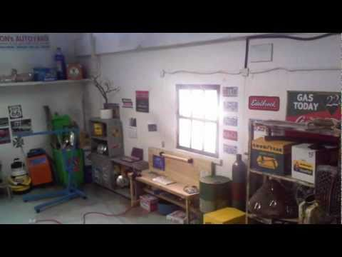 1 18 Garage Diorama 2011 Youtube