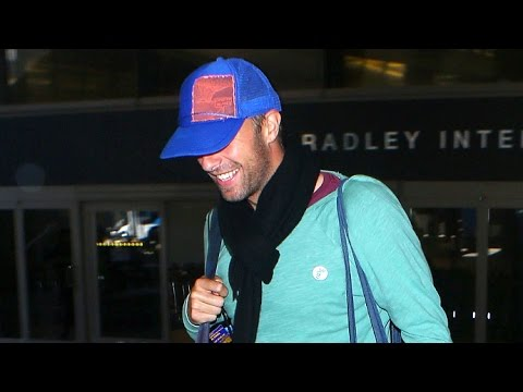 Chris Martin Is Super Smiley Returning To LA