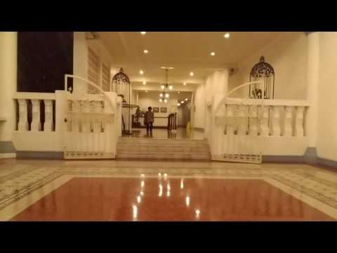 ISI DALAM HOTEL MAJAPAHIT SURABAYA