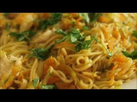 recette-40:-nouilles-chinoises-sautées-aux-légumes-&-poulet-/-chicken-&-veg-stir-fry-noodles
