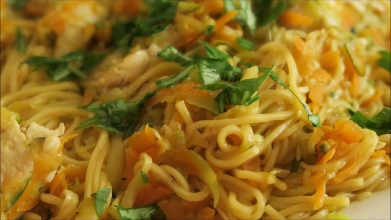 Recette 40 Nouilles Chinoises Sautees Aux Legumes Poulet