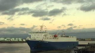 Car Carrier City of Sunderland leaving the Tyne 22nd Dec 2011