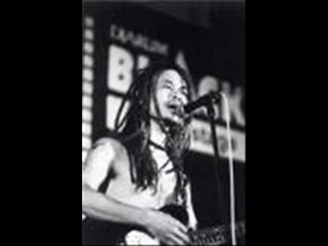 Tony Q Rastafara - Preman Buronan