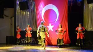 Турецкий танец на мысках