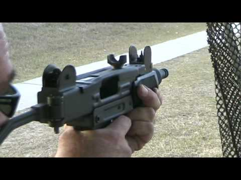 Firing Mini Uzi 9mm Machine Pistol