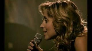 Lara Fabian - Je t'aime (Live in Paris, 2001, HQ)(Wonderful perfomance..., 2010-01-15T11:16:48.000Z)